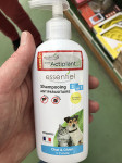 SHAMPOOING 2 EN 1 CHAT & CHIEN ANTIPARASITAIRE 250ML